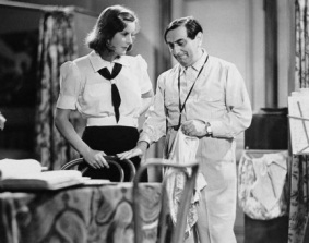 medium_ninotchka-set3.jpg