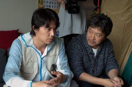 Masaharu_Fukuyama_Hirokazu_Kore-eda_600.jpg
