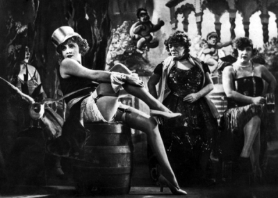 Marlene_Dietrich_in_The_Blue_Angel.png